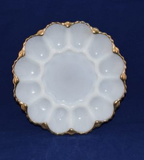 Antiques Online Anchor-Hocking-Fire-king-white-oyster-egg-plate-2-297x330 Anchor Hocking Egg / Oyster plate