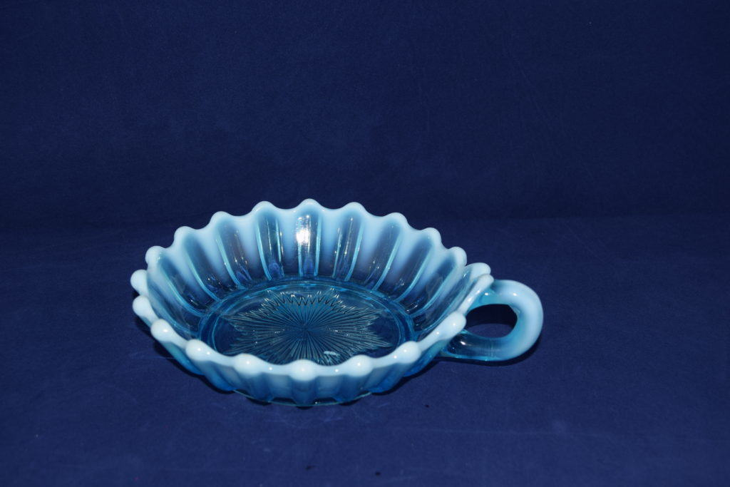 Antiques Online Davidson-pearline-130643-sweet-dish-with-handle Davidson Blue Pearline sweet dish with handle