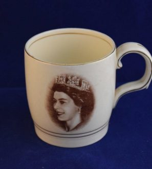 Antiques Online commemorative-mug-coronation-Elizabeth-297x330 Commemorative Coronation Mug Elizabeth 2nd